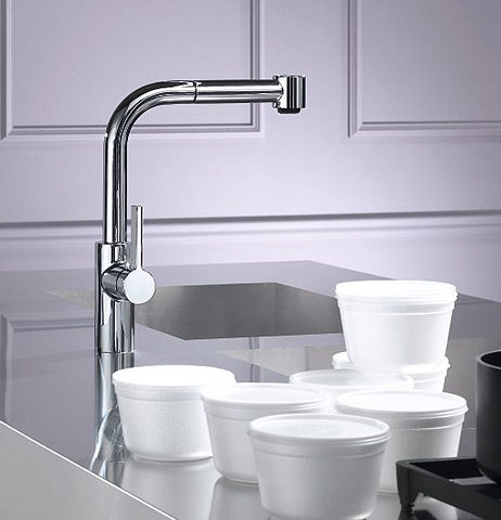 dornbracht-elio-kitchen-pull-out-faucet.jpg
